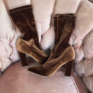 👢👢 Brown Velvet High Heel Boots 👢👢